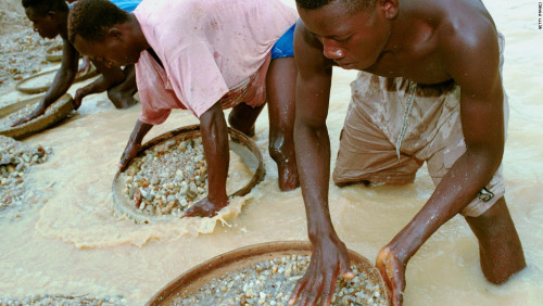 """""""De Beers to create more opportunities for local diamond miners in Sierra Leone"""""""